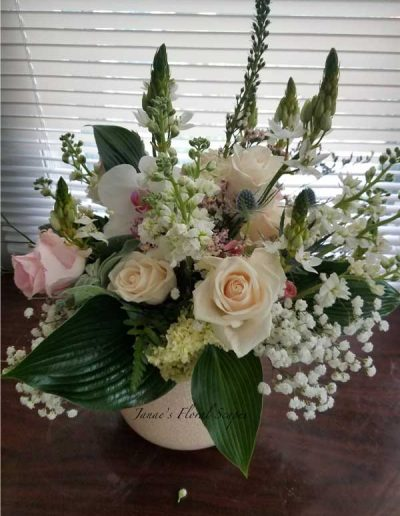 wedding-flower-arrangement